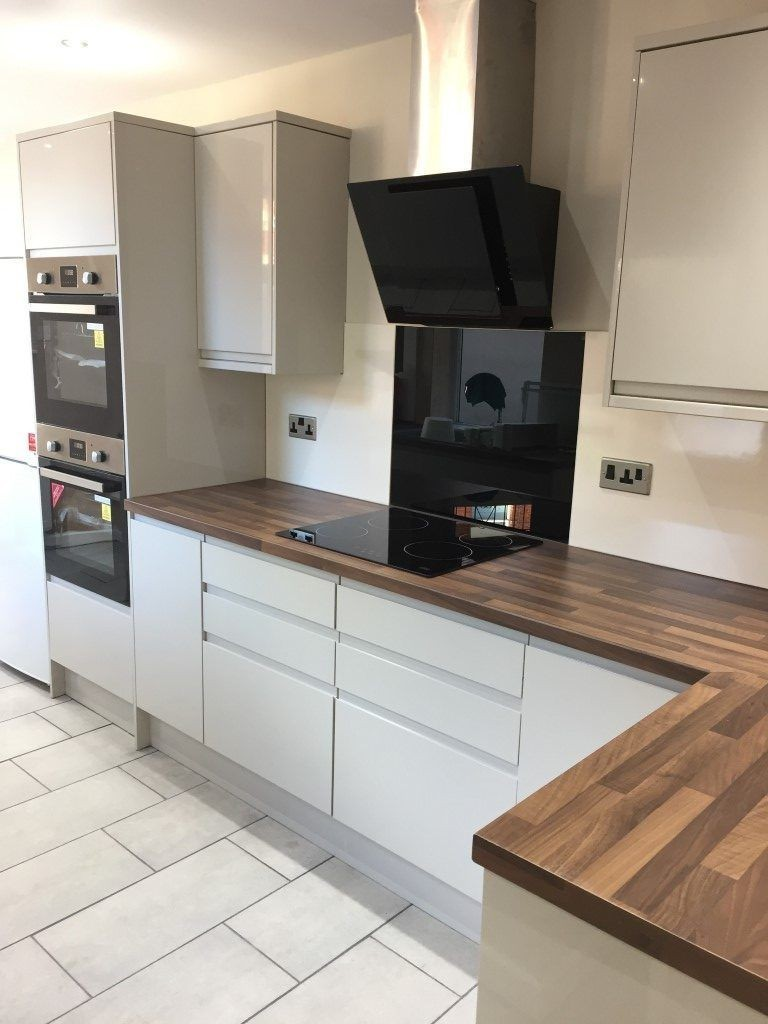 high spec kitchen for students